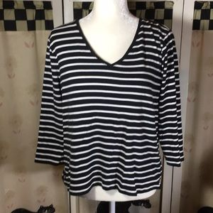 🆑 Chaps 3/4 Sleeve Black And White striped Top